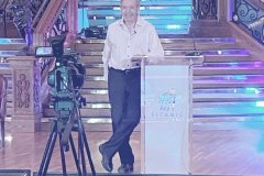 Clive-casual-at-lectern